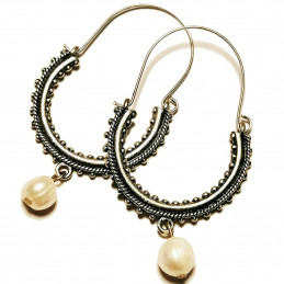 "Konavle earrings ""River pearl white"""
